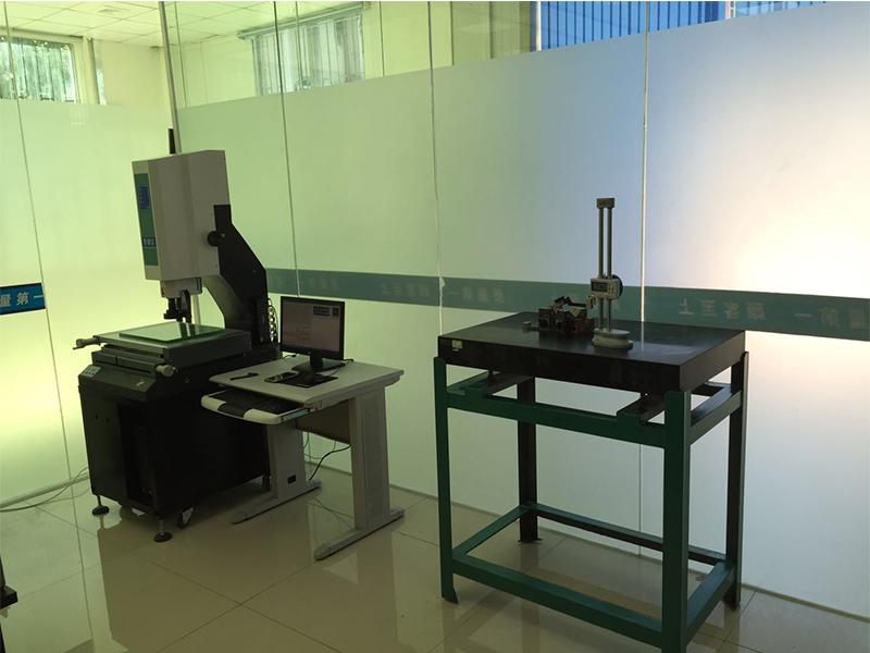 冲压检测设备