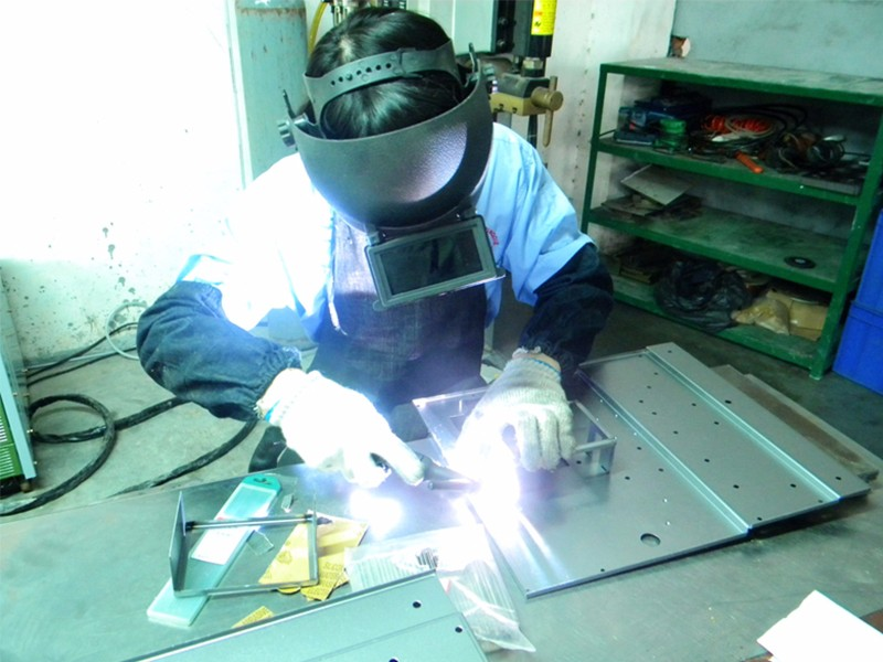 Weld assembly