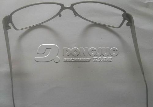 眼镜架喷砂加工