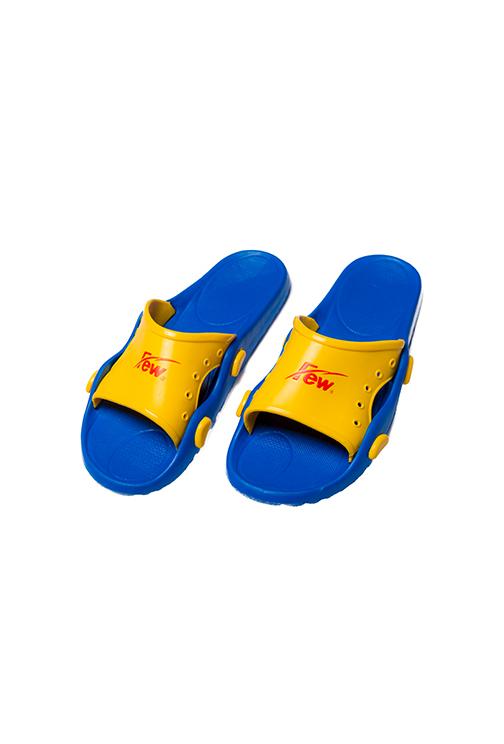 4557-03拖鞋