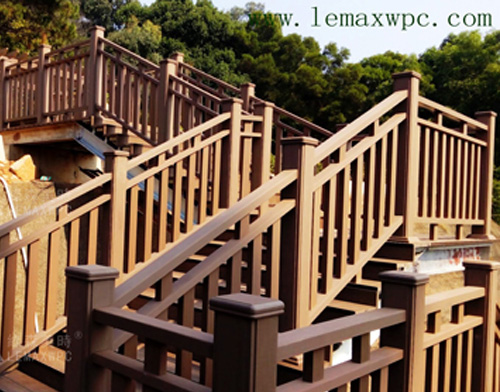 """东城""""西瓜岭""""PP木塑绿道工程(一)架空栈道楼梯护栏桥"""