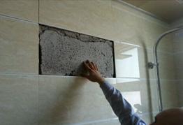 新房主人被掉落瓷砖砸中 3万装修要6万赔偿