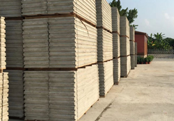 Production and application of lightweight and energy-saving composite wallboard